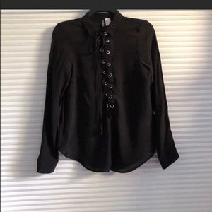 H&M Laced-Up Long-Sleeved Shirt